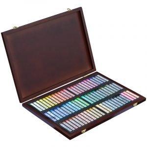 """Пастель художественная Гамма """"Старый мастер"""", 72 цвета, в деревян. коробе"""